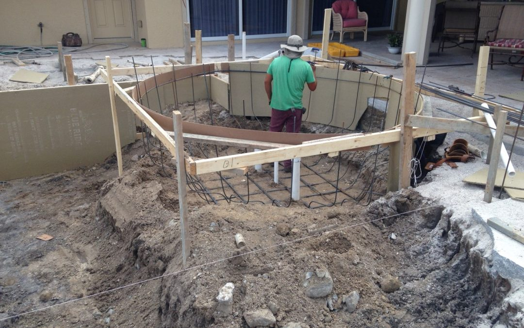 How do I tell if my pool has a leak Sarasota
